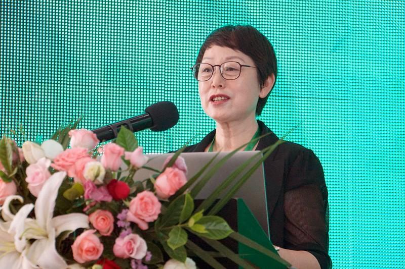 中国涂料工业协会会长孙莲英女士